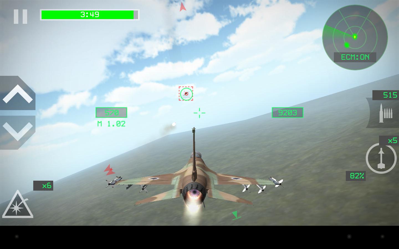 操作你的飞机飞行在天空中,在规定时间内射击敌人来获胜,游戏包含了从